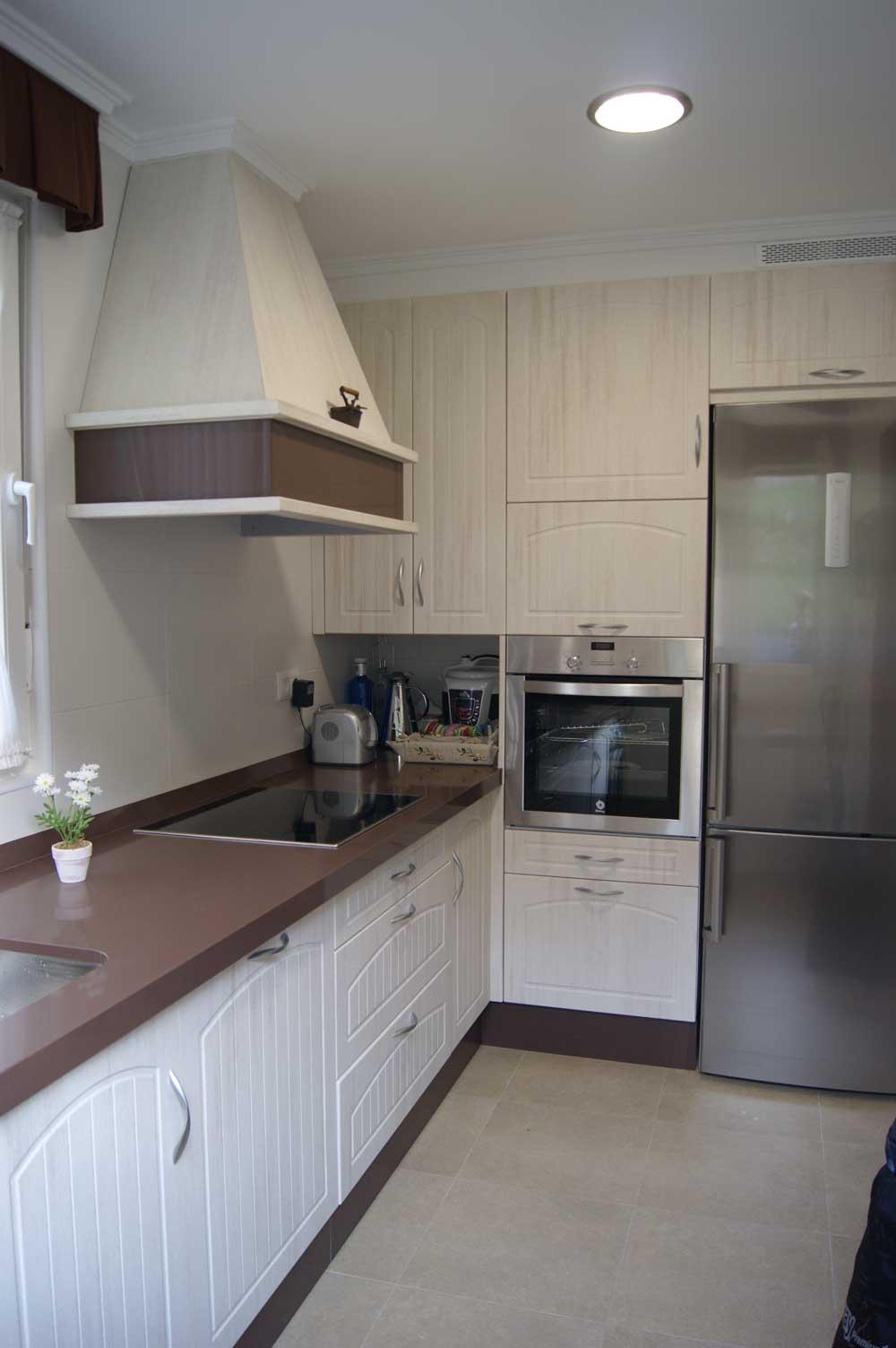 Muebles de cocina en PVC  Grupo Arcinieg